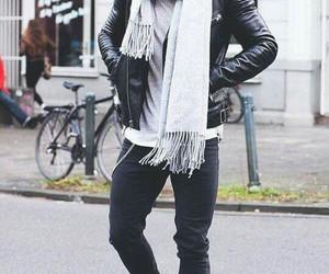 jeans, man, and chaqueta de cuero image