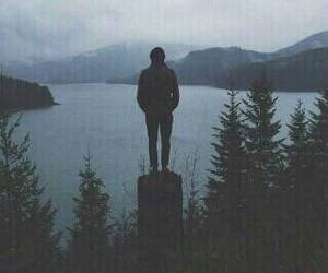 photography+alone+boy, sad+guy+sunset, and خواطر+همسات+رمزيات image