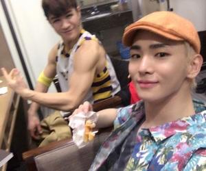 key, Kim Ki Bum, and SHINee image