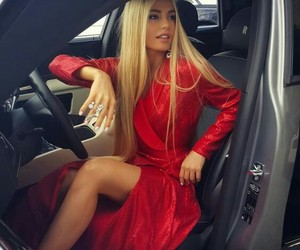 blonde, chic, and gorgeous image