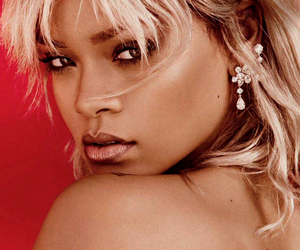 harper's bazaar, rihanna, and Queen image