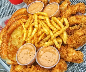 fast food, Chicken, and delicious image
