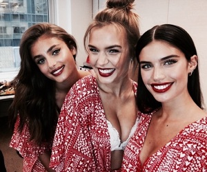 taylor hill, model, and josephine skriver image