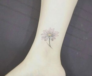 tattoo, daisy, and flower image