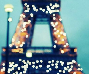 eiffel tower, parís, and lights image