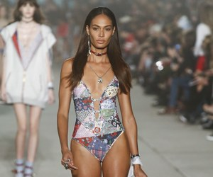 fashion, tommy hilfiger, and joan smalls image