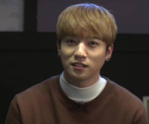 day6, v app, and sungjin image