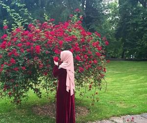 flower, islam, and jilbab image
