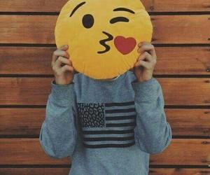 emoji, kiss, and connor franta image