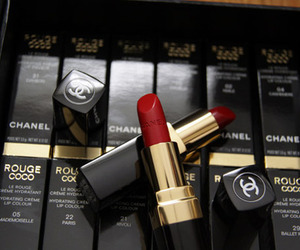 chanel and rouges image
