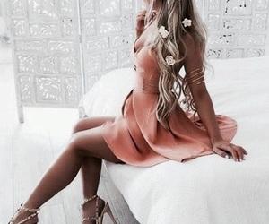 hair and dress image