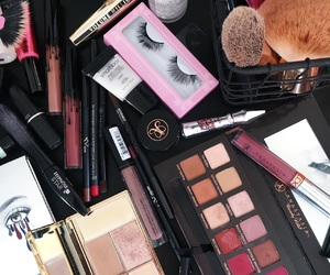 benefit, brands, and fashion image