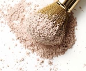 powder image