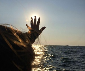 girl, sun, and me image