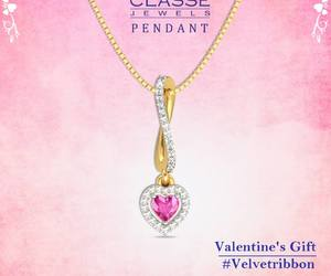offer, valentineday, and pendant image