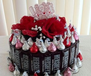 chocolate, cakes, and kisses image