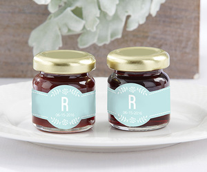 rustic wedding favors, jam wedding favors, and strawberry wedding favors image