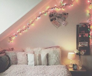 cursi, room, and romantic image