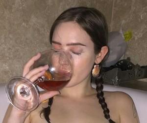 aesthetic, wine, and tumblr girl image