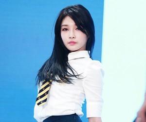 girl group, korean, and ioi image