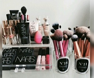 Brushes, tumblr, and makeup image