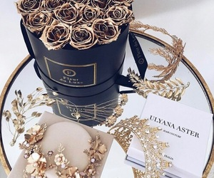 flowers, luxury, and gold image