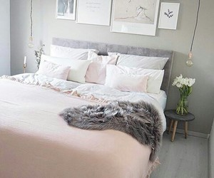 cama, almohada, and decoracion image