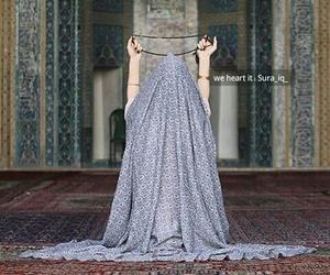 محجبات, ايرانيات, and بُنَاتّ image