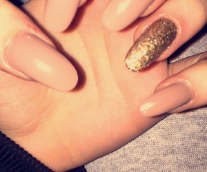 nails, Nude, and oval image