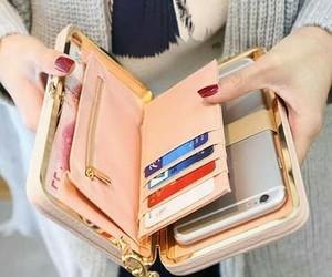 useful and wallet image