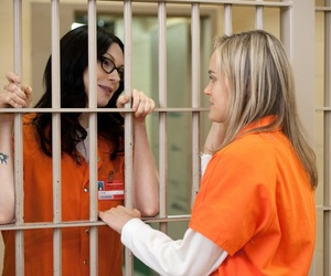 alex, piper, and oitnb image