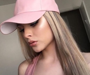 blonde, highlight, and straight hair image