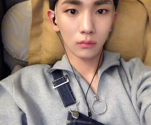 key, kpop, and sm entertainment image
