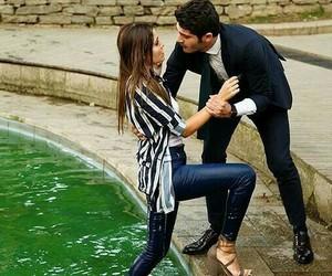 aşk laftan anlamaz image