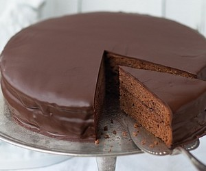 cake, chocolate, and sacher image
