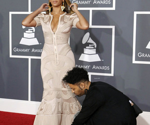 2010, grammy awards, and queen bey image