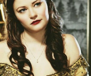 belle, once upon a time, and Emilie de Ravin image