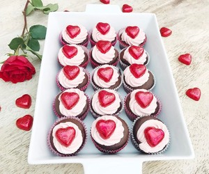 cupcakes and valentine's image