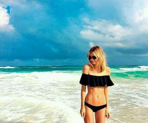 black, sea, and blondie image