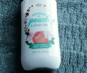 aesthetic, beauty, and peach image