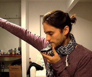 30 seconds to mars, artifact, and cellphone image