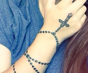 salice rose and rosary beads tattoo image