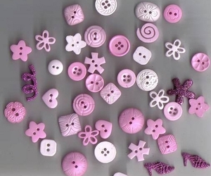 buttons and pink image