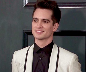 brendon urie, panic! at the disco, and patd image