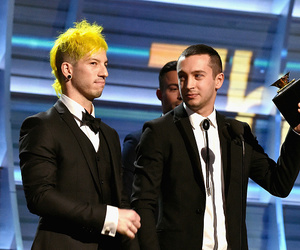 grammys, top, and twenty one pilots image
