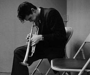 chet baker and jazz image