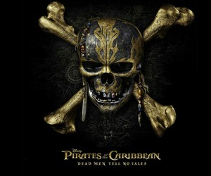 pirates of the caribbean and skull image
