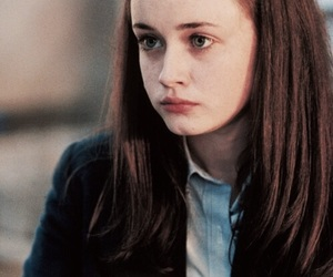 gilmore girls, alexis bledel, and rory gilmore image
