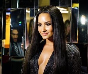 demi lovato and grammys image