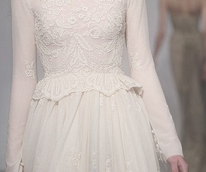 dress, haute couture, and luisa beccaria image